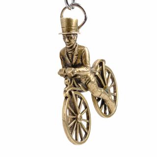 """Schlüsselanhänger """"Radfahrer"""" Bronze patiniert"""